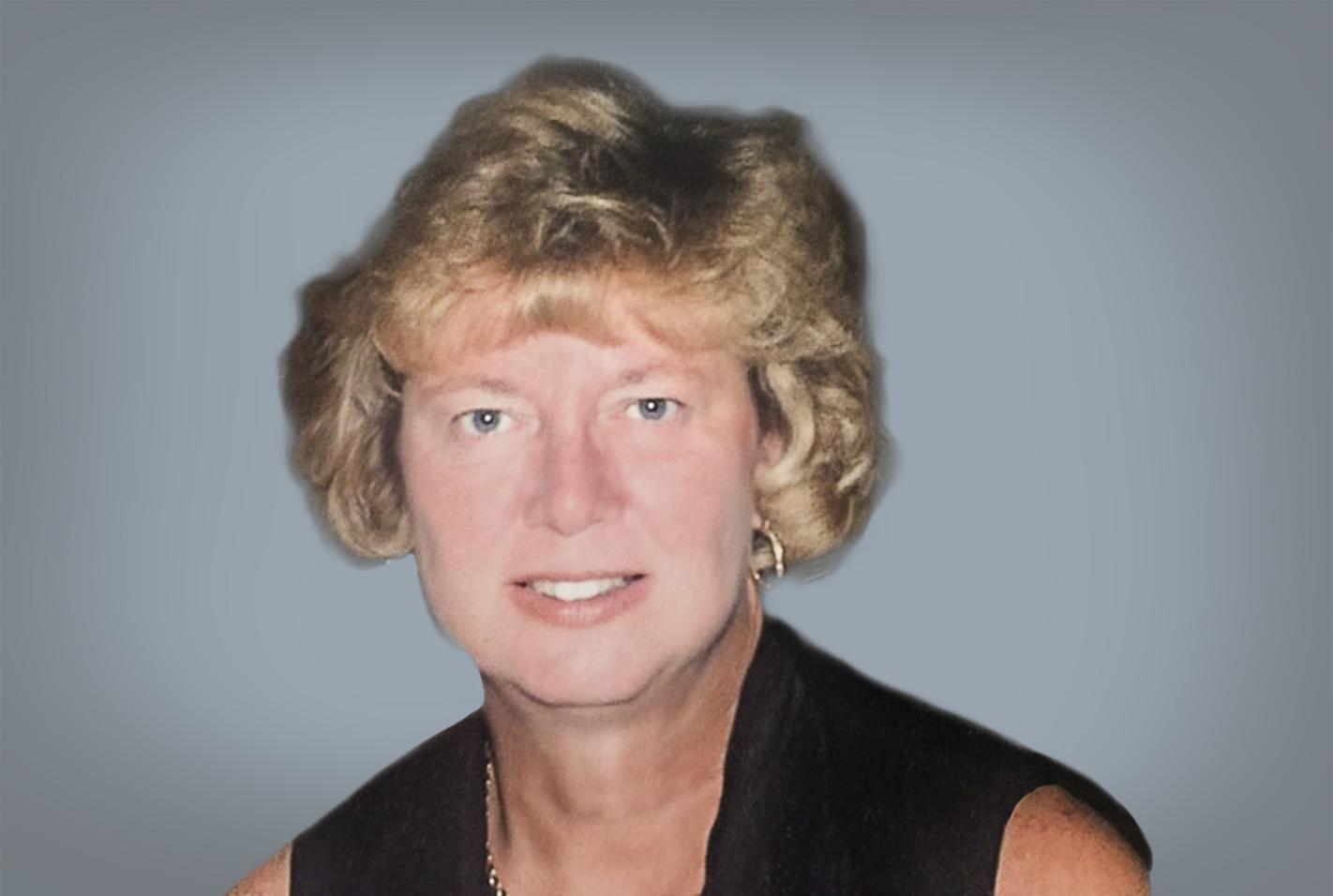 Stonehaven-Assisted-Living-Executive-Director-LouAnn-Thomas-Headshot