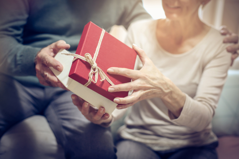 Top Gifts for Loved Ones in Assisted Living